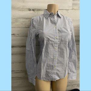 Gap women long sleeve Stripe white and blue  shirt